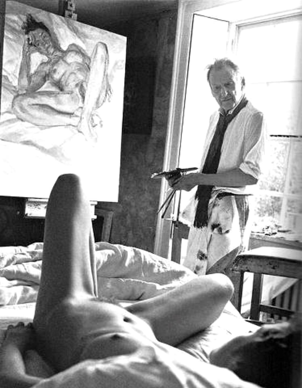 Художник рисует голую натурщицу а потом ебет ее 16 фотография
