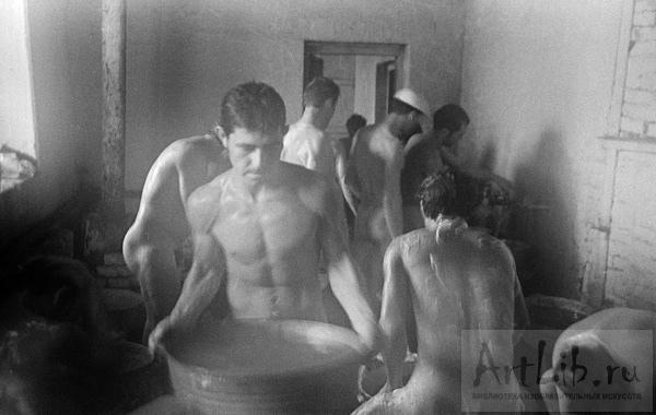 Женщины и мужчины без одежды в бане фото 212-235