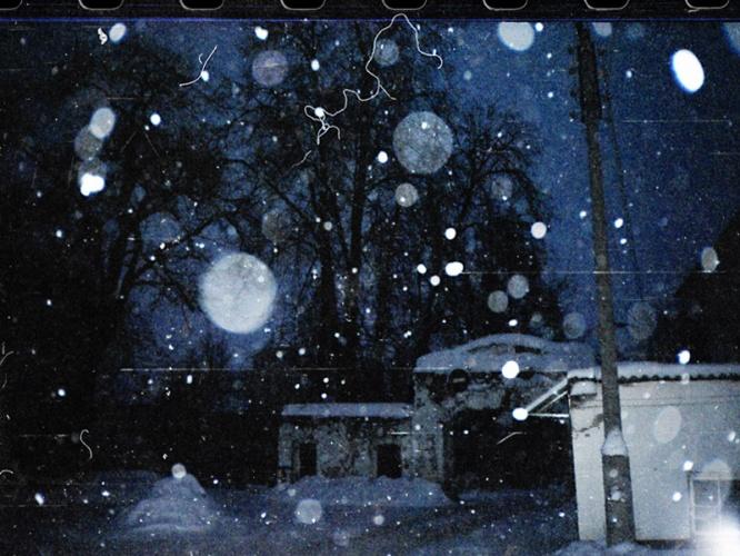 снег идёт...