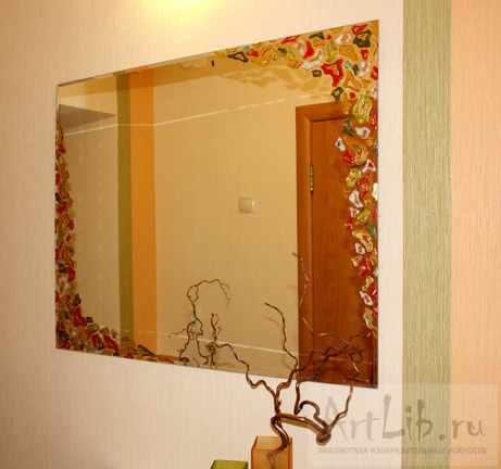 Декор зеркала в прихожей
