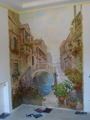 Фреска в интерьере классики