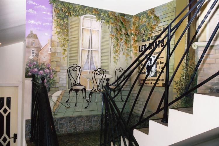 Роспись стен на балконе. - остекление - каталог статей - рем.